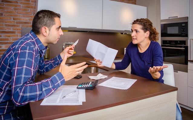 Mariage : votre époux est-il solidaire des dettes - Notaires Office
